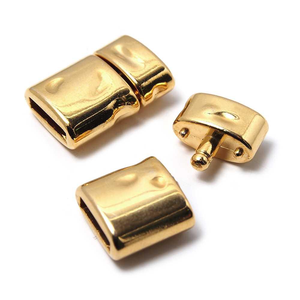 Cierre de presión Oval Golpeado, para cuero de 9.5x2.5 mm. Bañado en oro de 24 quilates.