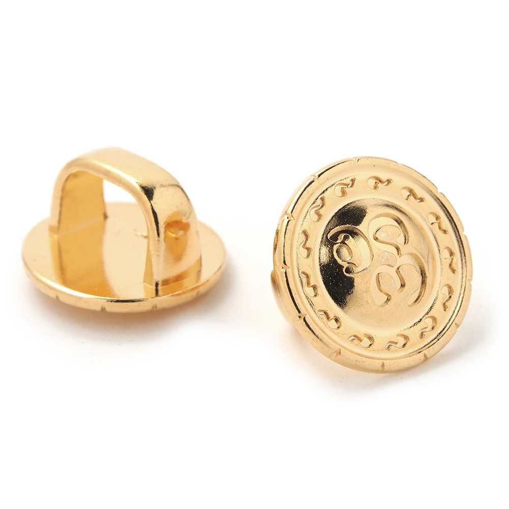 Entrepieza Om para cuero regaliz (10.5mm x 7mm).Bañada en oro de 24 quilates.
