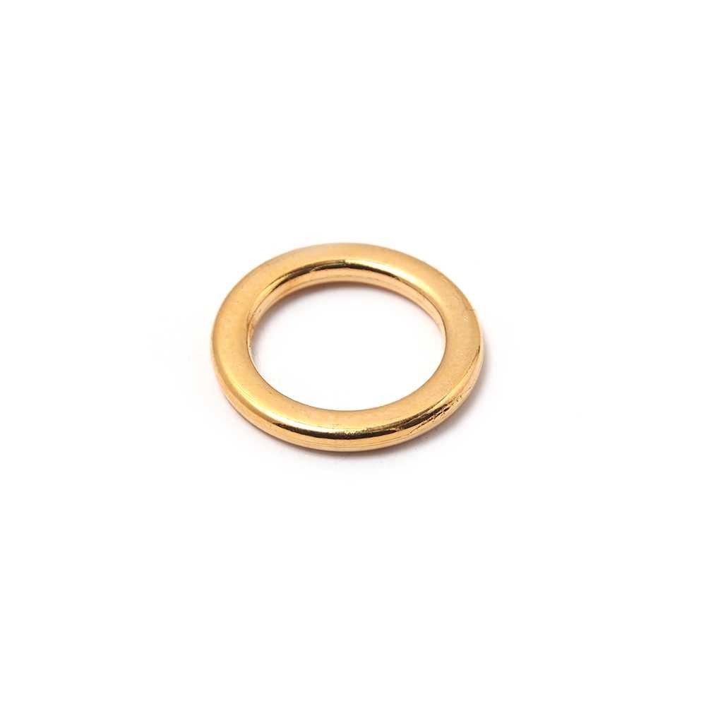 Anilla redonda con pase interior de 11mm. Bañada en oro de 24 quilates.