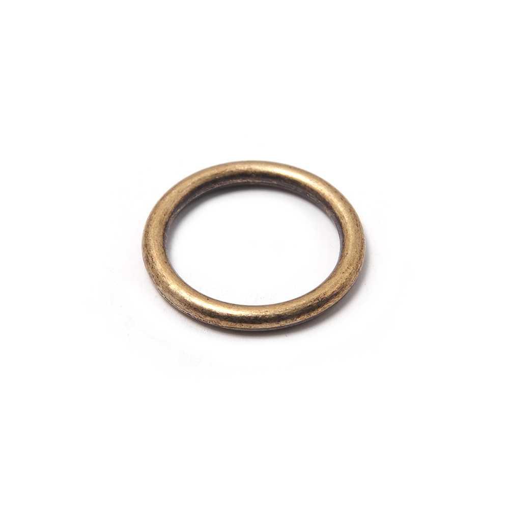Anilla Lisa con pase interior de 14 mm. Bañada en oro envejecido.