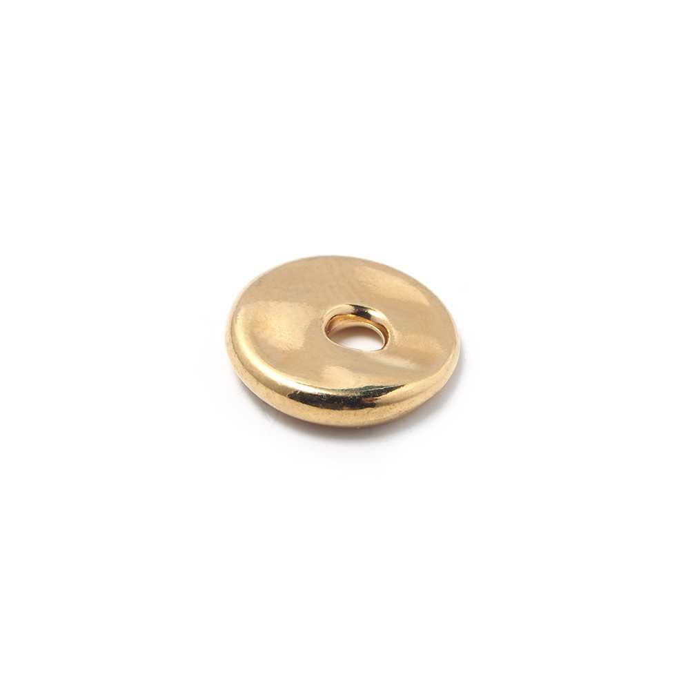 Disco Separador Golpeado 12 mm con agujero redondo para cuero de 3 mm. de diámetro. Bañado en oro de 24 quilates.