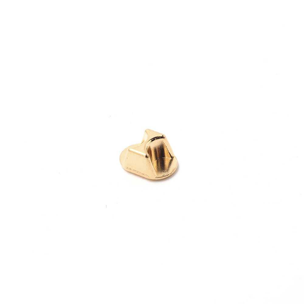 Conversor cierre regaliz (10.5mm x 7mm) a doble cuero de 5mm. Bañado en oro de 24 quilates.