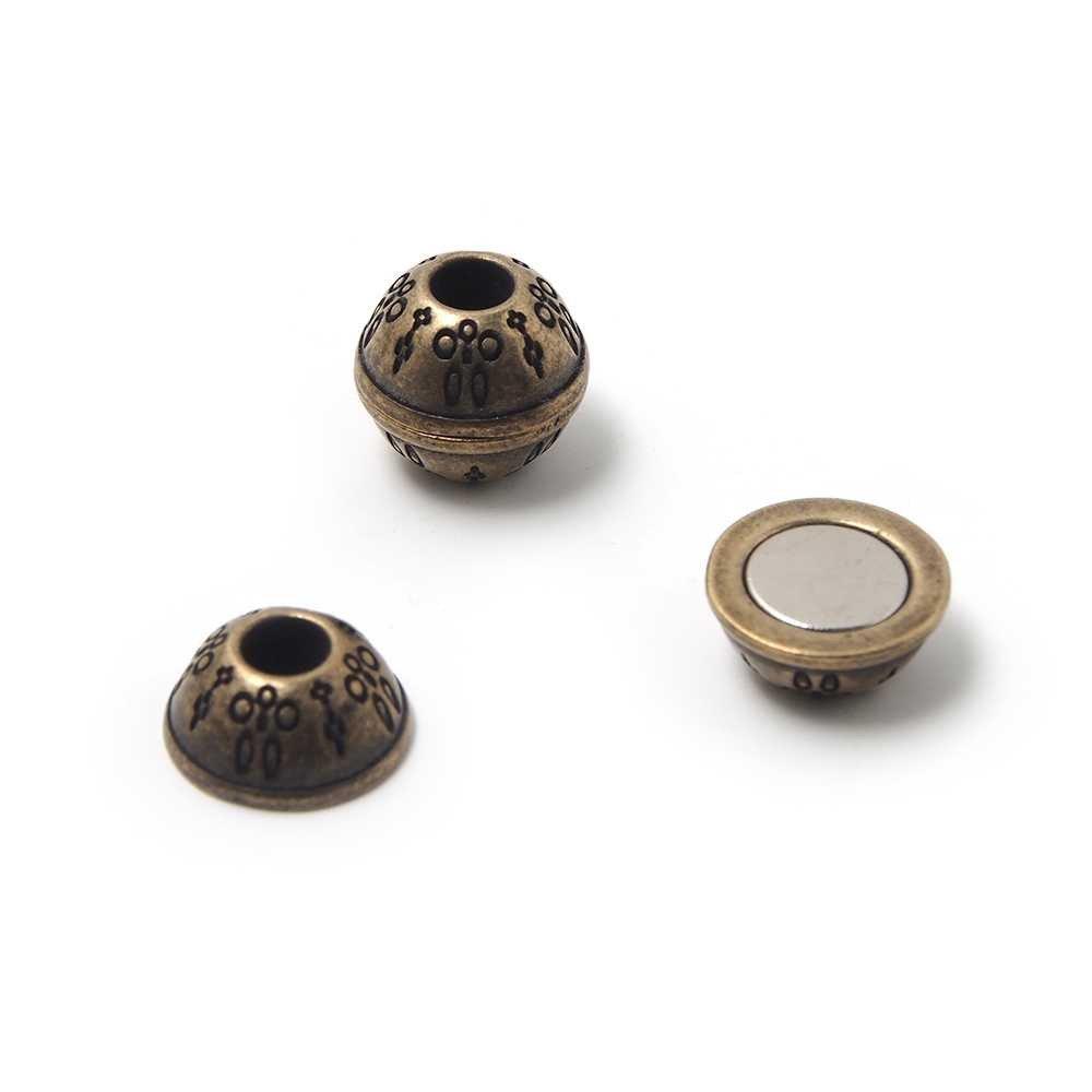 Cierre de imán bañado en oro envejecido, bola con filigrana, agujero de 5mm.