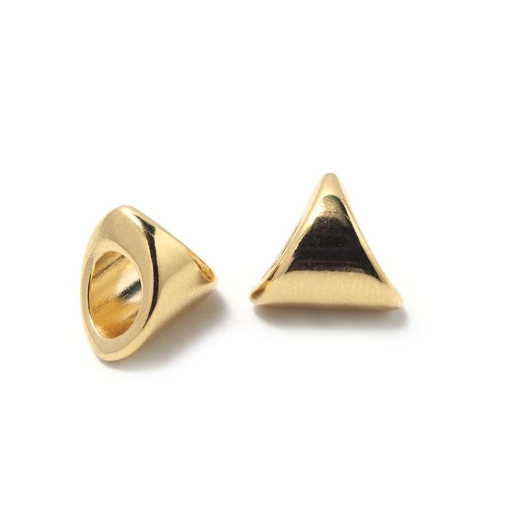 Entrepieza Bola Triangular, para cuero de diámetro 5 mm. Bañada en Oro de 24 quilates.