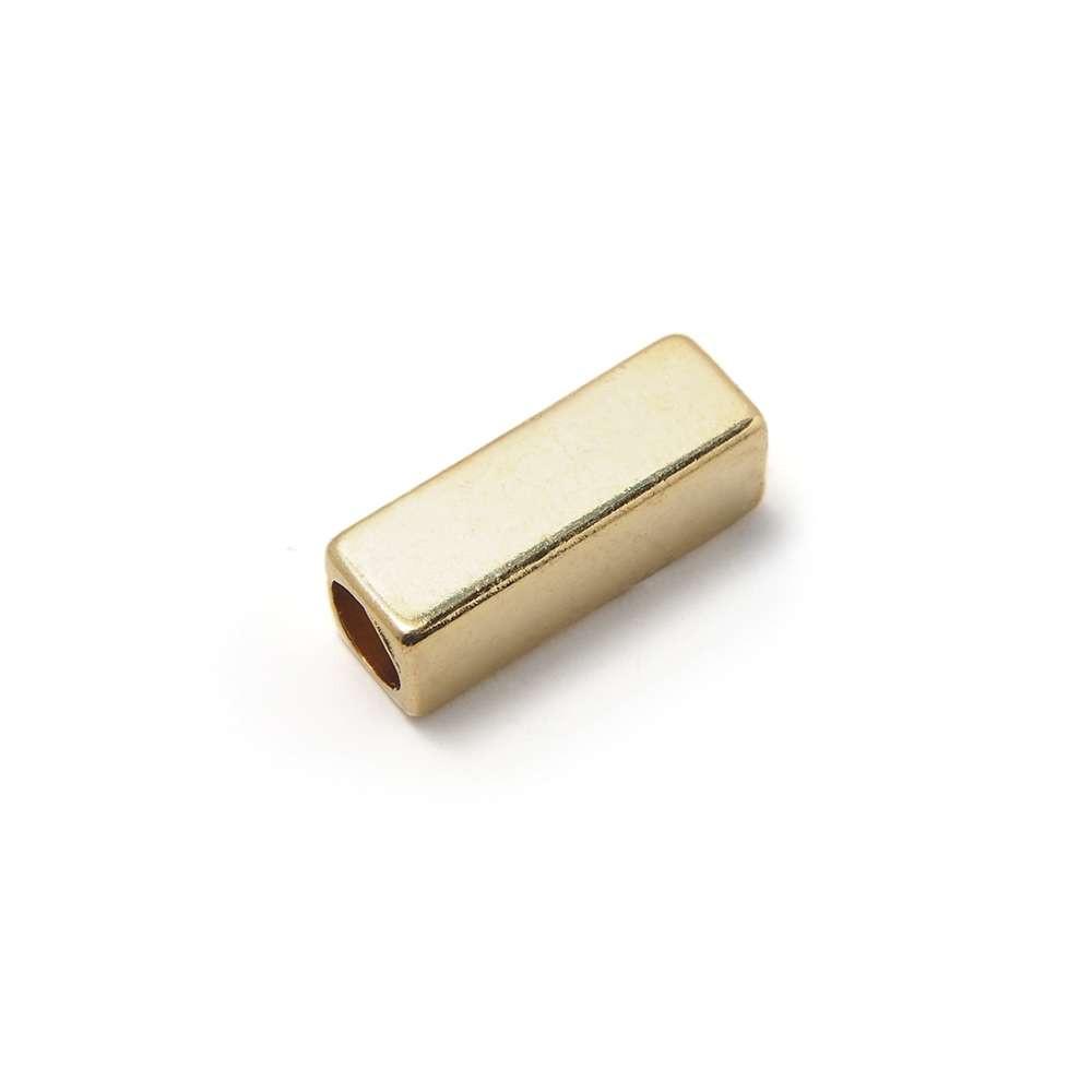 Entrepieza Rectangular, para cuero de diámetro 3,5 mm. Bañada en Oro de 24 quilates.
