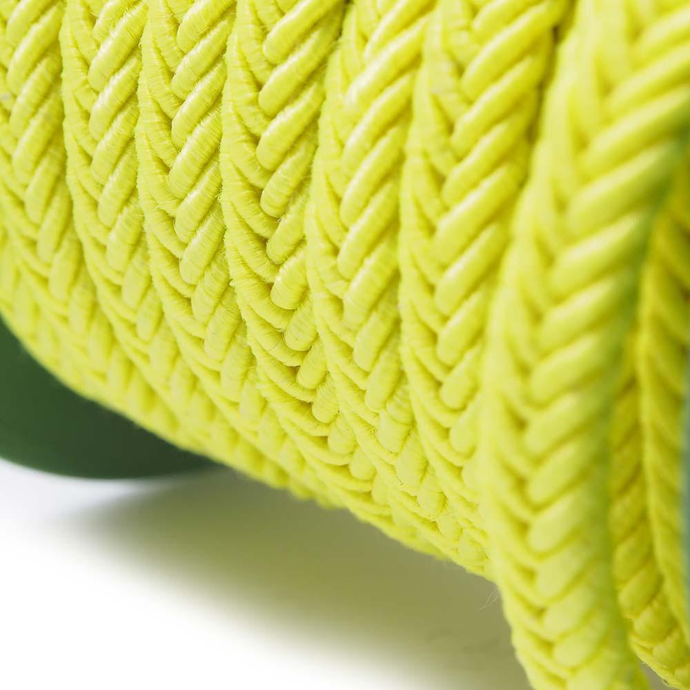 Cordón trenzado. Color amarillo fluorescente.
