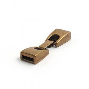 Cierre de fleje plano pequeño, bañado en oro envejecido, con huecos para cuero de 9,5mm x 2,5mm.