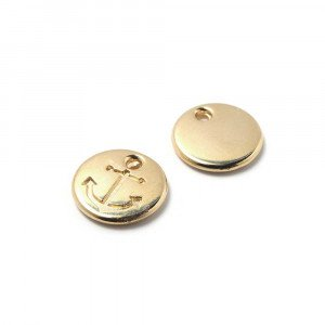 Abalorio Medalla Ancla con hueco para anilla de 1.5mm. de diámetro. Bañada en oro de 24 quilates.