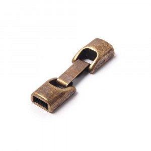 Cierre de fleje redondeado pequeño, bañado en oro envejecido, con huecos para cuero de 6.5mm x 2.5mm.