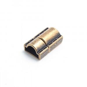 Cierre presión puntadas, media caña tubo, oro viejo.