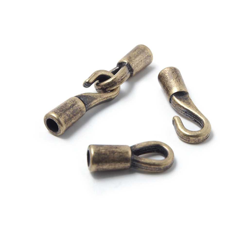 Cierre gancho pequeño, redondo 3mm, oro viejo.