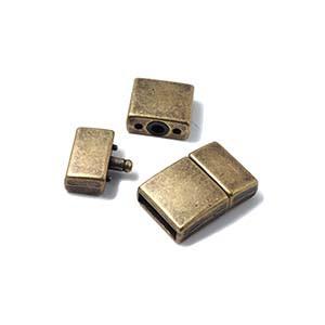 Cierre presión cuadrado curvado, 12.5x2.5mm, oro viejo.